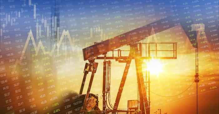 Geopolitical factors and restrictions on imports influence the oil price