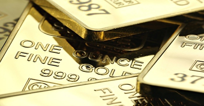 What are the risks of investing in pure gold