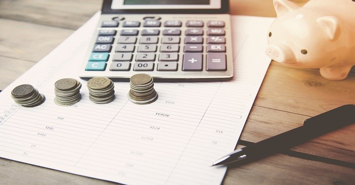 What are the different types of savings accounts