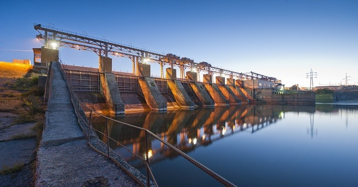 How does hydroelectric energy work