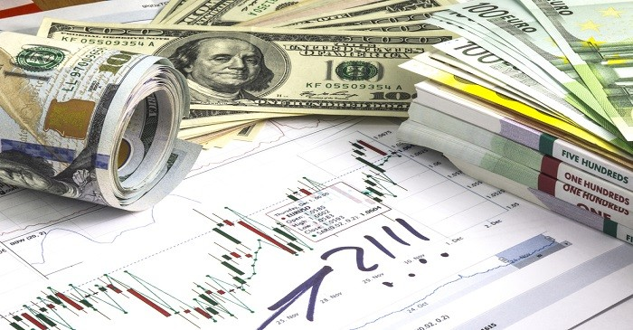 How does inflation affect exchange rates