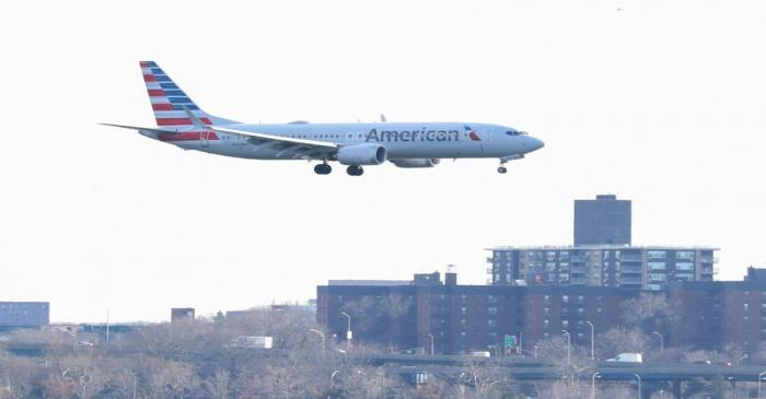 An American Airlines Boeing 737 Max 8, on a flight from Miami to New York City, comes in for