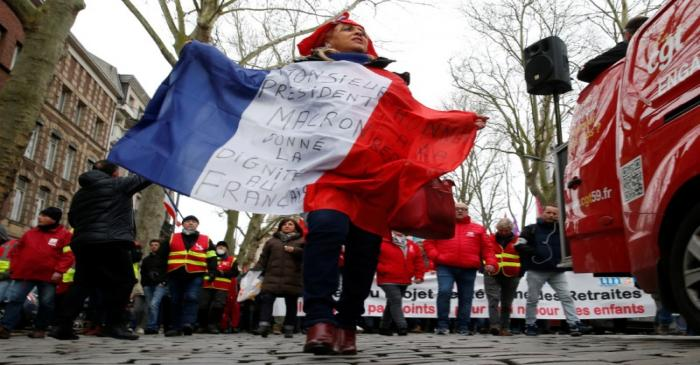 FILE PHOTO:  France faces its forty-first consecutive day of strikes
