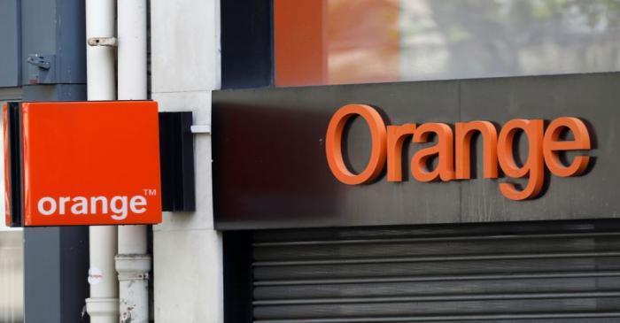 FILE PHOTO: Logo of French telecoms operator Orange