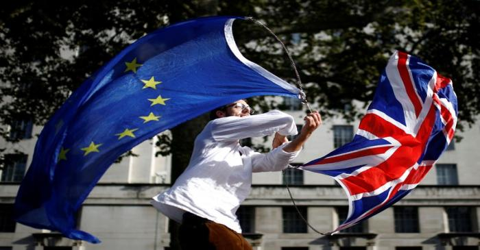 EU supporters march as parliament sits on a Saturday for the first time since the 1982