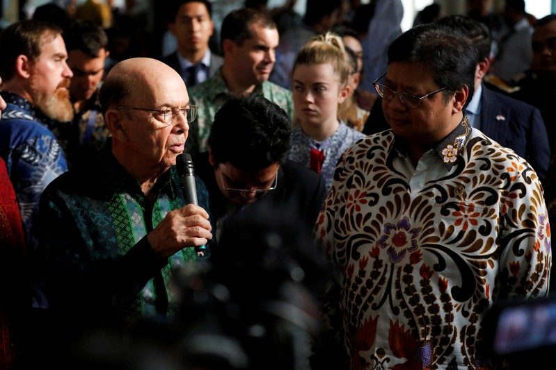 U.S. Commerce Secretary Wilbur Ross talks as Indonesia's Chief Economic Minister Airlangga