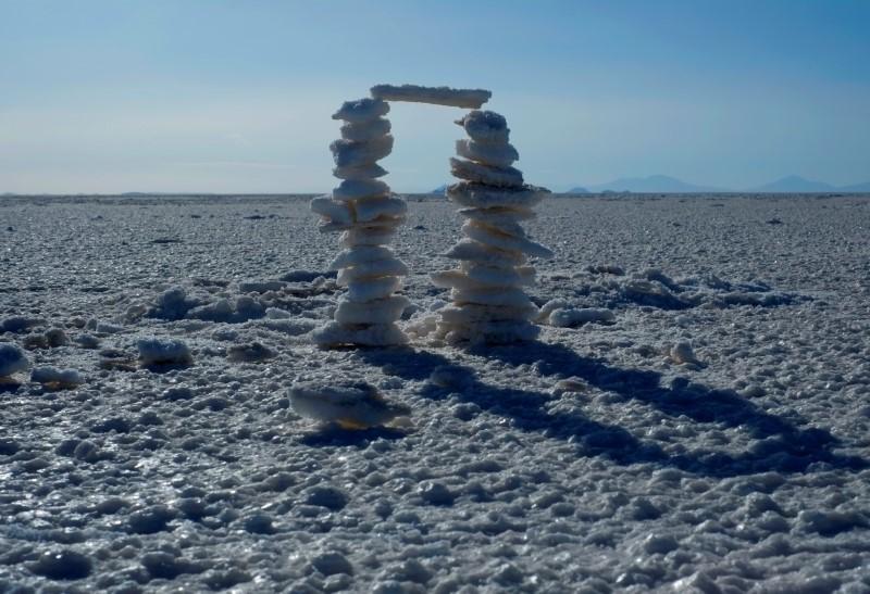 ILE PHOTO: View of salt lake in Uyuni