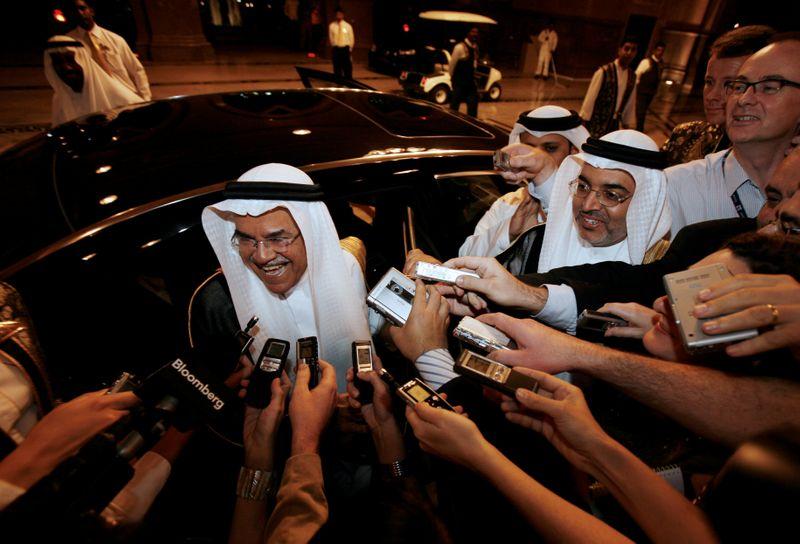 FILE PHOTO: Saudi's Oil Minister Ali al-Naimi talks to reporters as he arrives at Emirates