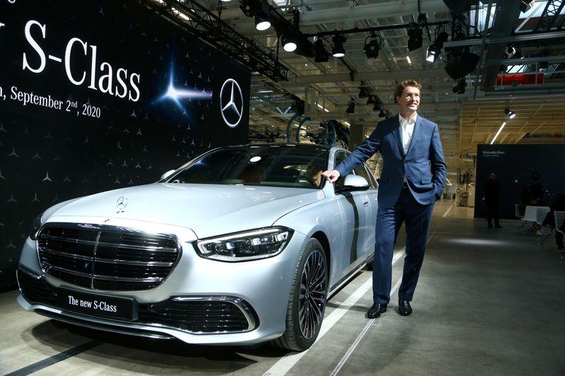 FILE PHOTO: Daimler's Mercedes-Benz presents new S-Class in Stuttgart, Germany