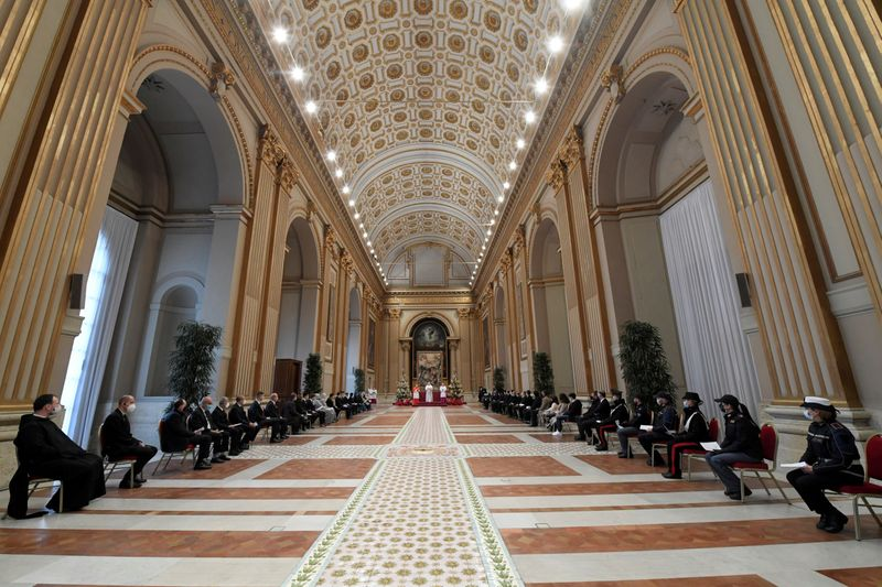 FILE PHOTO: Pope Francis delivers his traditional Christmas Day Urbi et Orbi speech at the